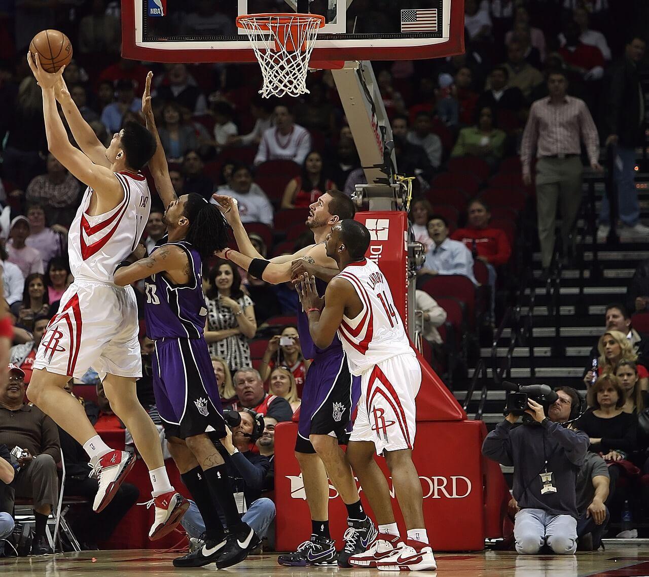 basketball-1544370_1280